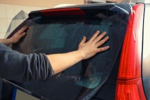 Günstige Autofolie ist bei weitem nicht so haltbar wie hochwertige Folie.